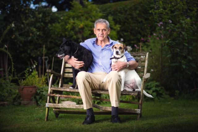 family pet portrait photographer newbury berkshire