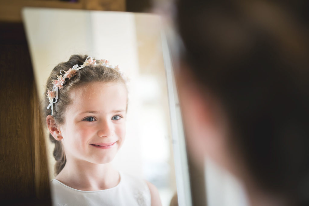 wedding photographer mirror reflection newbury berkshire